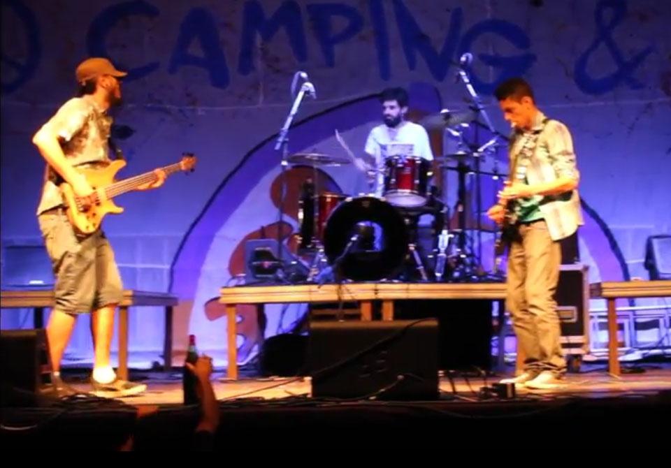 """Loló"", da banda Tridestilados, no Camping Rock 2017"